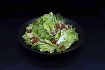 Salade noix
